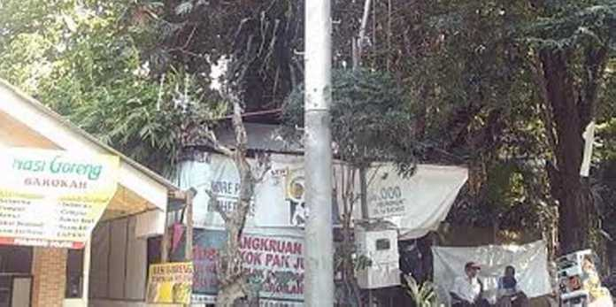 Tower Illegal di Jalan Pulosari