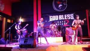 Pilotz Band di God Bless Cafe 2