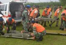 Simulasi crash team (Foto: Pentak Lanud Abd Saleh)