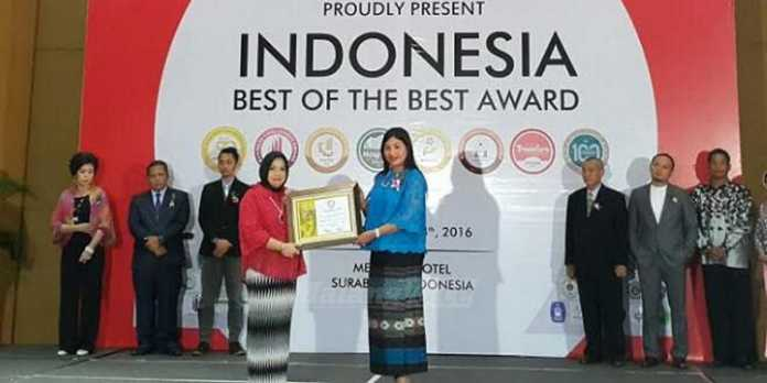 Kadisbudpar Kota Malang Raih Indonesia Smart and Innovator Leader Award 2016