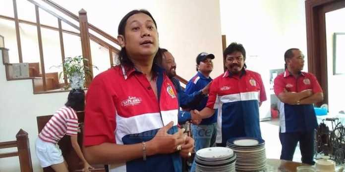 Manager Arema Indonesia, Haris Fambudy. (Deny)