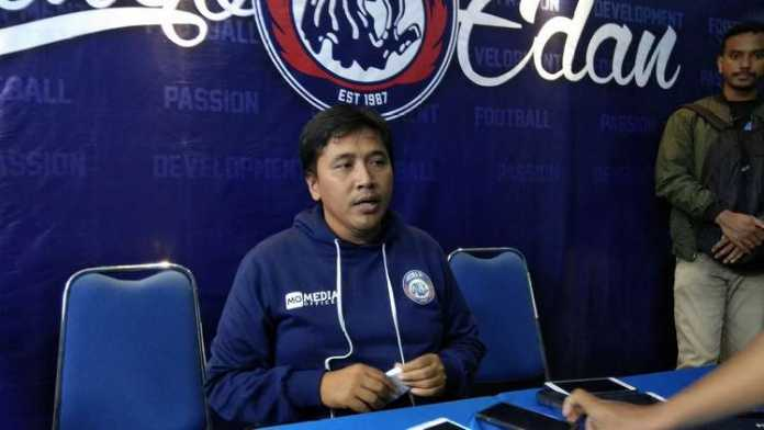 Media Officer Arema FC, Sudarmaji. (deny rahmawan)