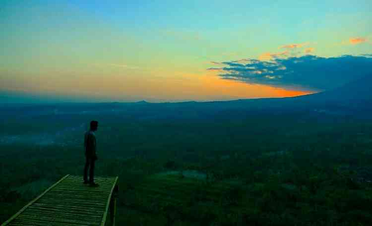 Panorama K2 Bridge, indahnya sunset di Gunung Katu. (Lisdya Shelly)