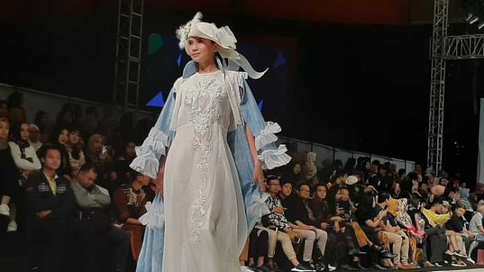 Peragaan busana Malang Fashion Week 2019. (Lisdya)